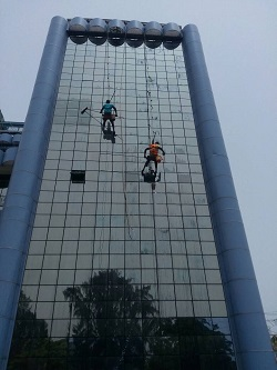 tall building cleaners in nigeria